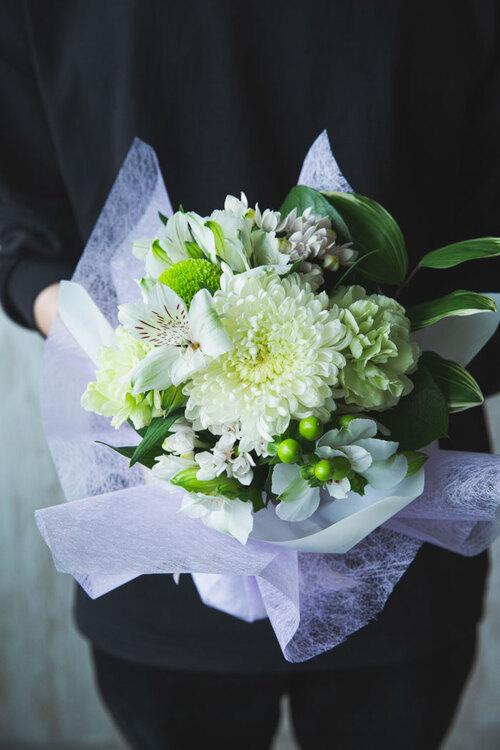 ハナプライムで届く仏花