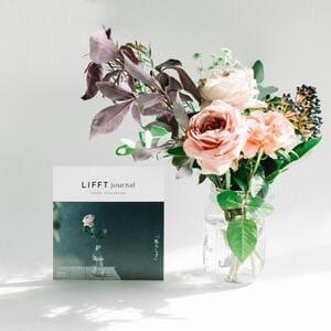 LIFFT(リフト)の定期便ギフトチケットのお花